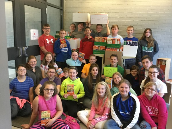 Students at East Bernstadt Independent collected 525 boxes of stuffing mix for the Community Thanksgiving Food Drive.  Middle school students assisted Family Resource in collecting the donations from classrooms for delivery to the Community distribution site.